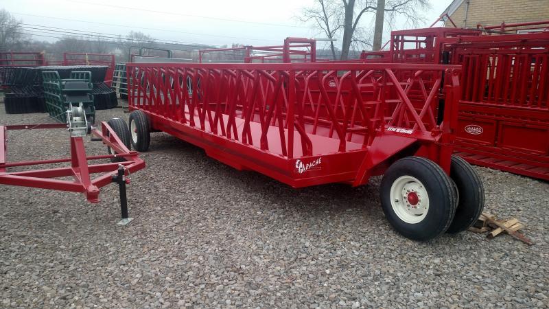 Apache 20' Feeder Wagon Livestock