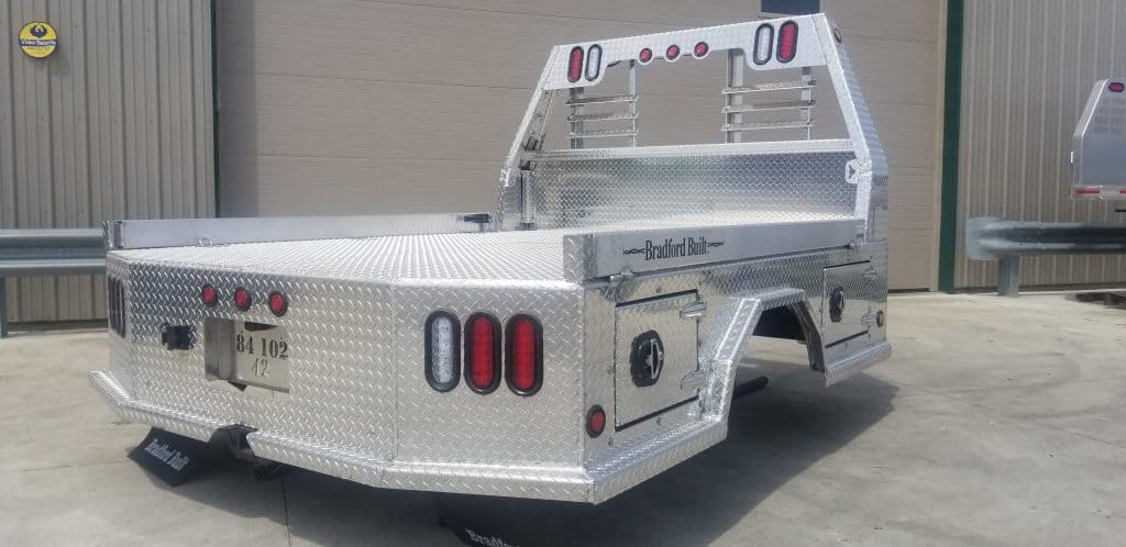 "Drop Down Hitch >> 84"" x 102"" Bradford Built Aluminum 4 Box ""56"" cab to axle ..."